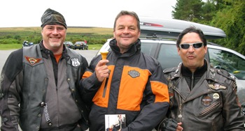 Buzz, Steve Hawkins and Robin Lahiri at Haytor